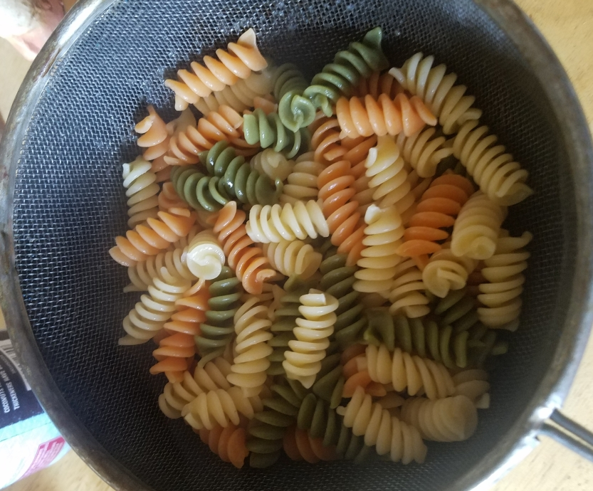 pasta green white orange al dente david m raine cook kitchen strainer dinner pasta rotini