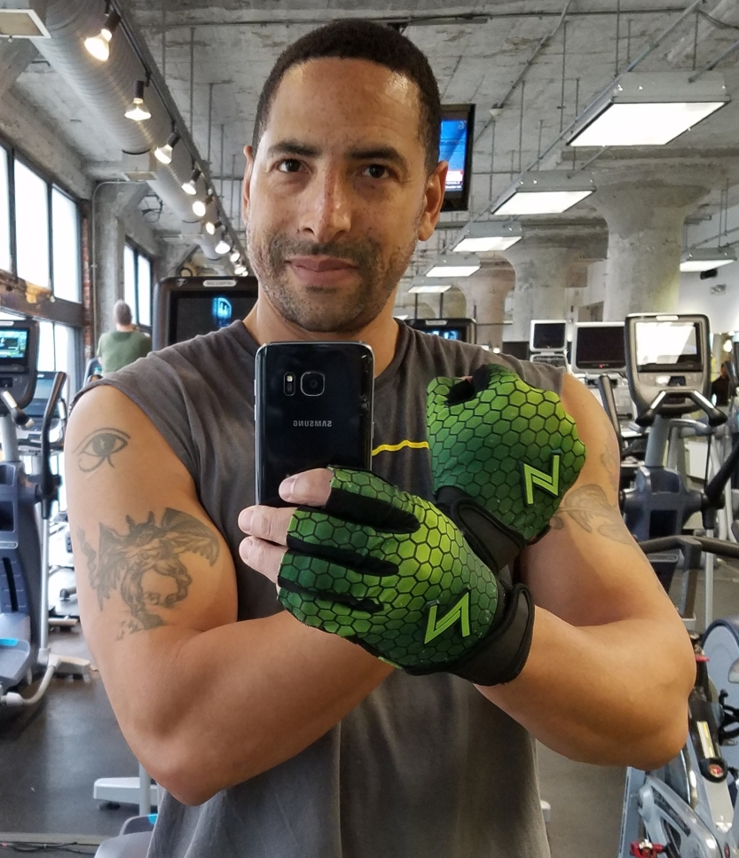 david m raine guns arms muscle handle gloves green power strength biceps gym fitness